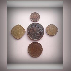 1835 1/12 Anna & 1/2 Anna 1943 1 Anna & 2 Annas 1930 1/4 Anna East India King George V & VI - 5 Coins